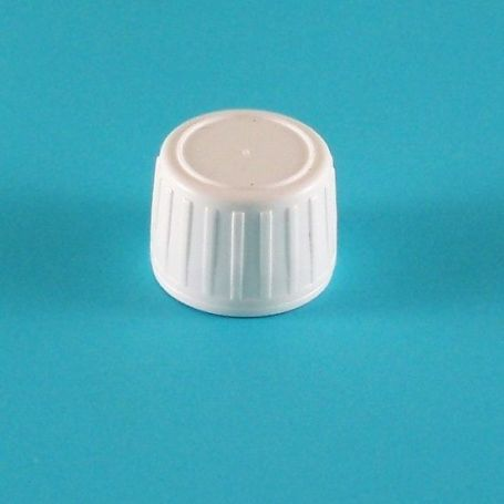 Tapón Blanco PP28 con precinto para botellas de plástico.